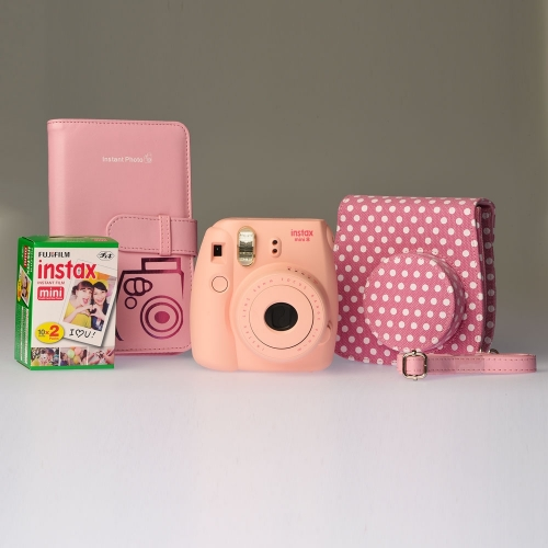 Fujifilm Instax Mini 8 Pink Dots - ENTHUSIAST KIT