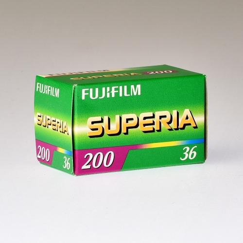 Fujicolor Superia 200 135-36
