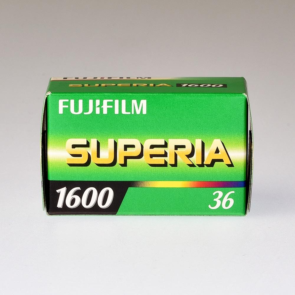 Fujicolor Superia 1600 135-36