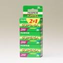 Fujicolor Superia 200 135-36 / 3x1
