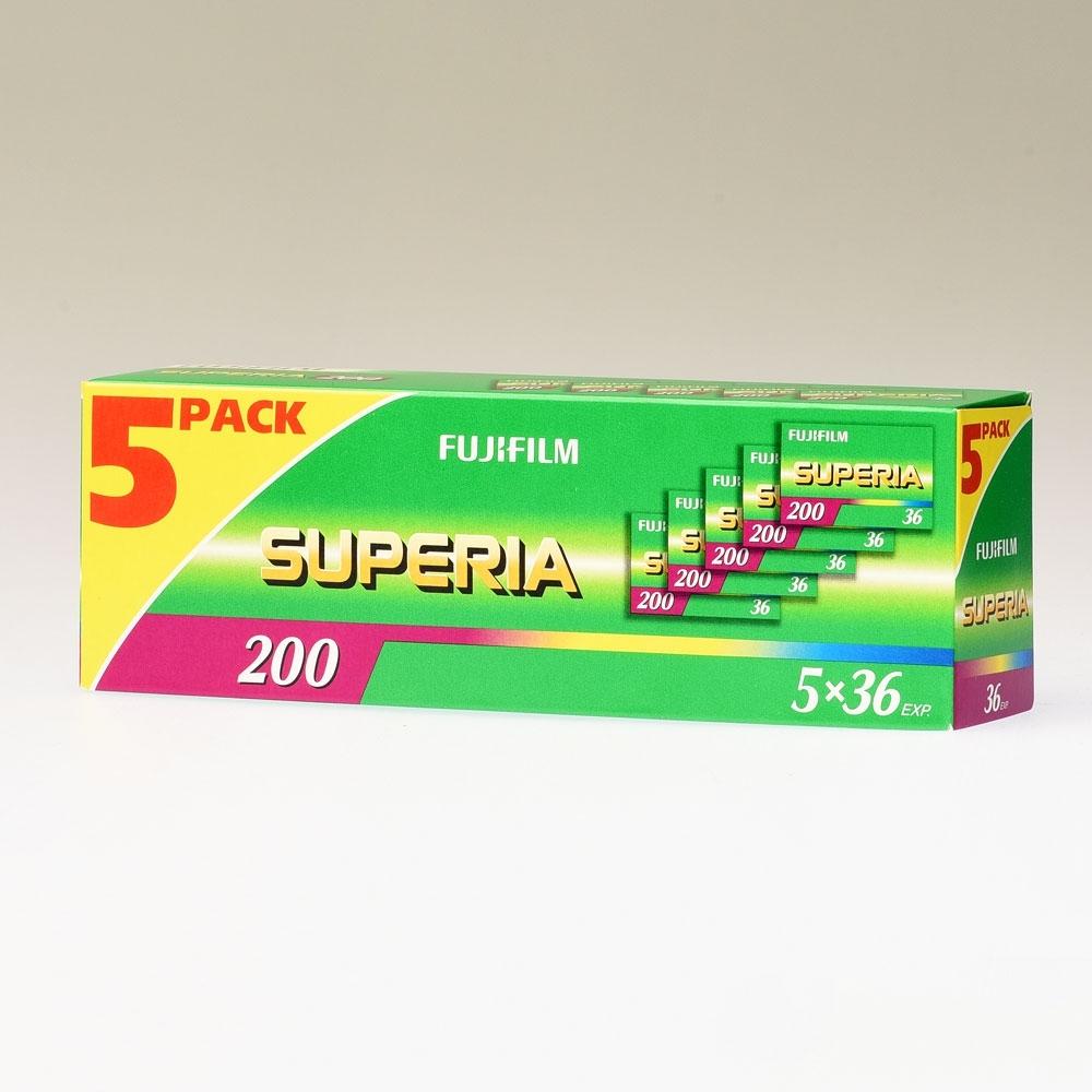 Fujicolor Superia 200 135-36 / 5x1