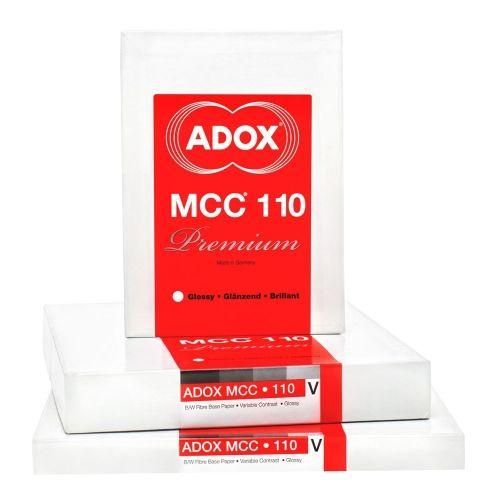 Adox 30,5x30,5 cm - BRILLANT - 25 FEUILLES - MCC 110
