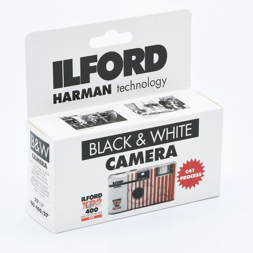 Ilford XP2 SUPER B&W Single Use Camera / 27 exposures