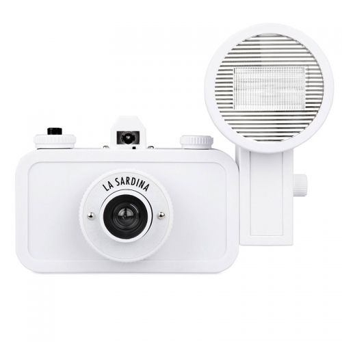 Lomo La Sardina Camera + Flits - DIY Edition
